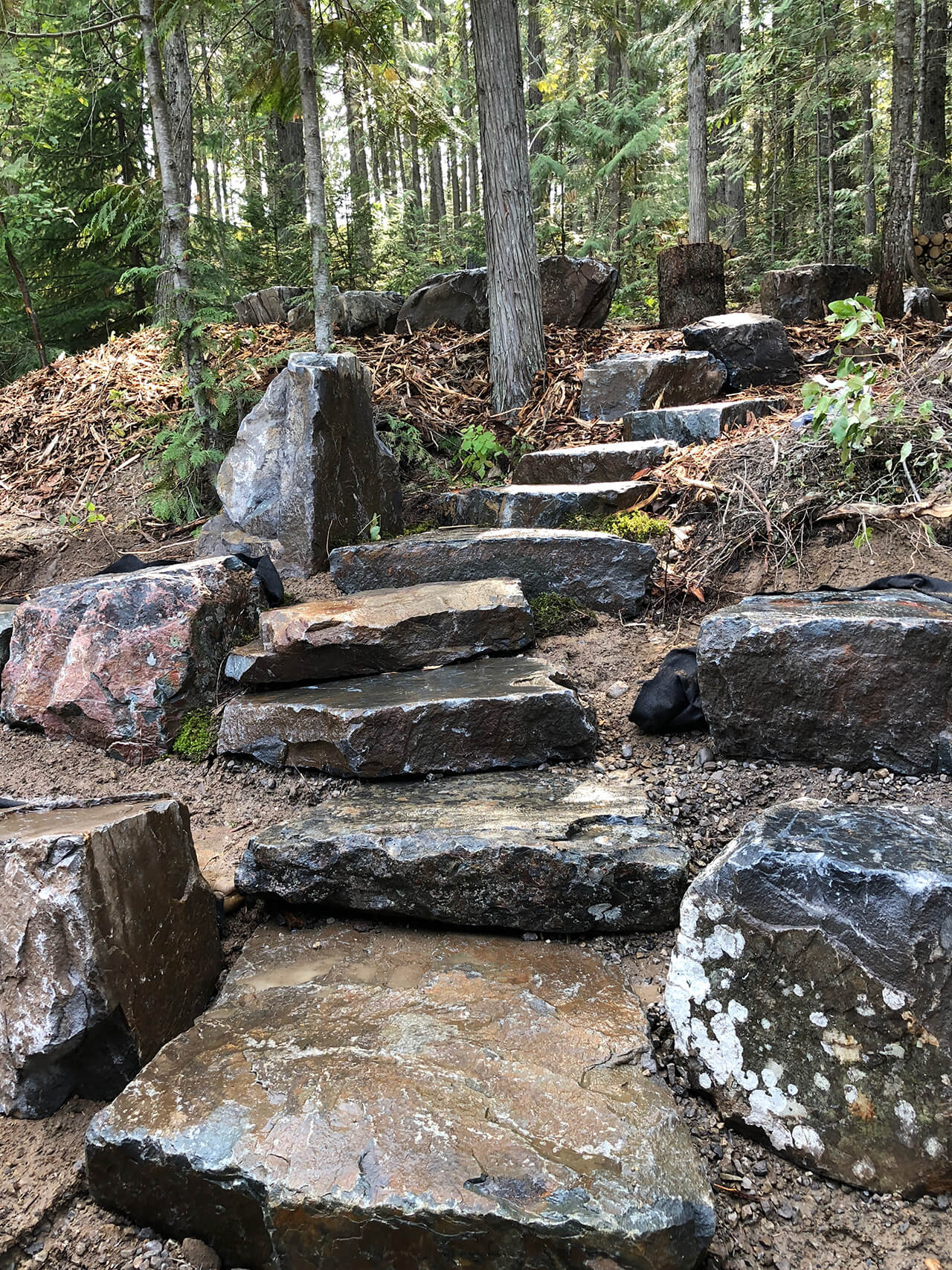 Valley View Contracting - rock stairs landscape design