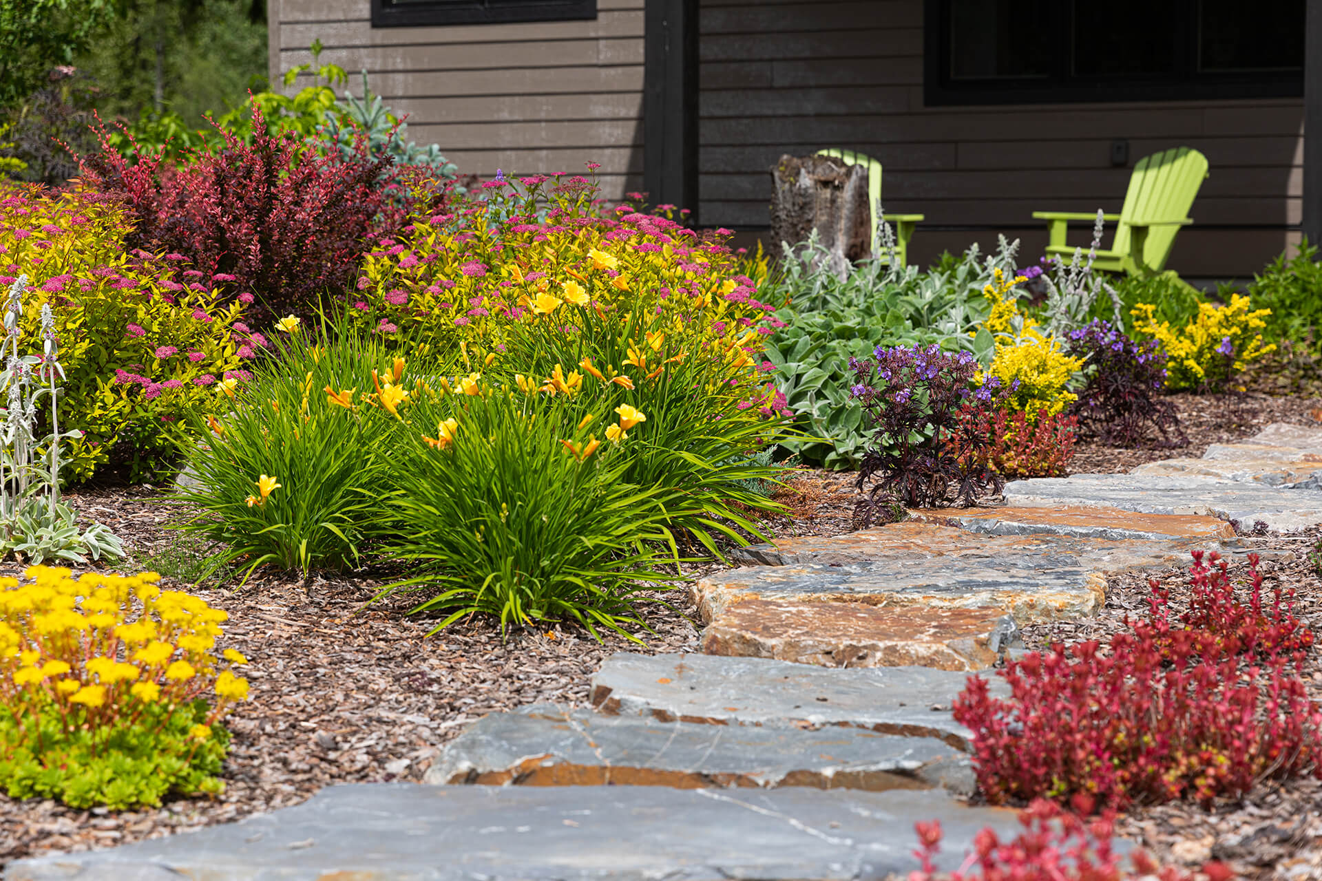 Valley View Contracting - Modern landscaping