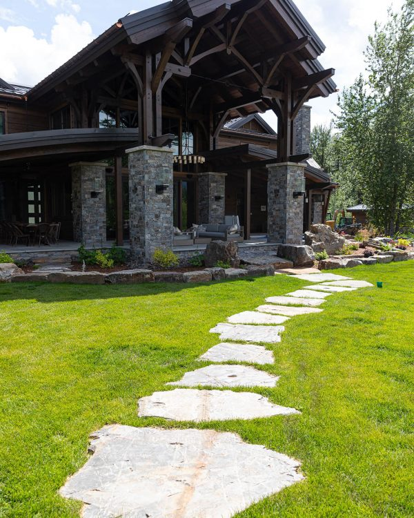 Valley View Contracting - Front yard landscaping